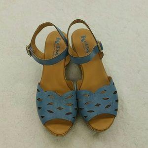Korks -Ease size 10 Blue sandals